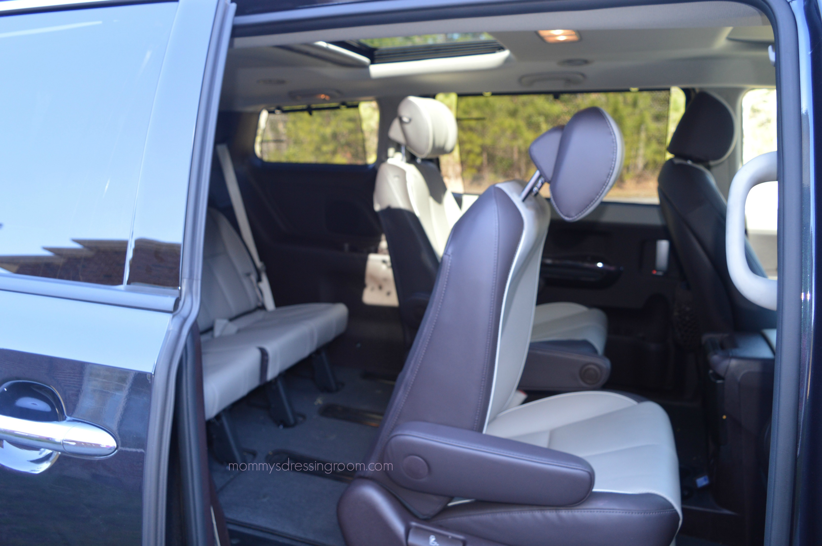 Kia Sedona, driveshop, sxl, car review, mini van, soccer mom