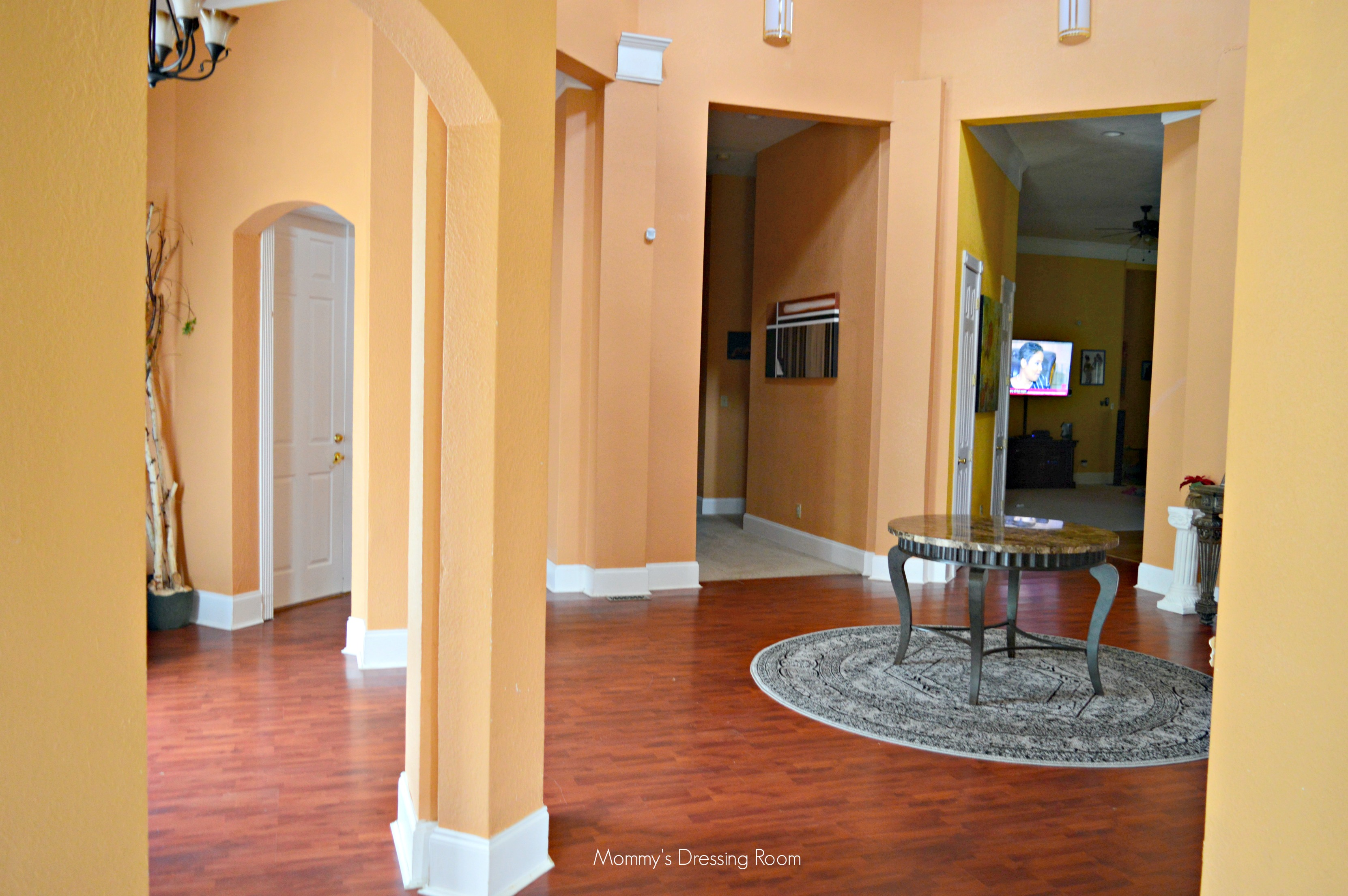 foyer-interior design-diy-renovation-decor-home renovation-hgtv
