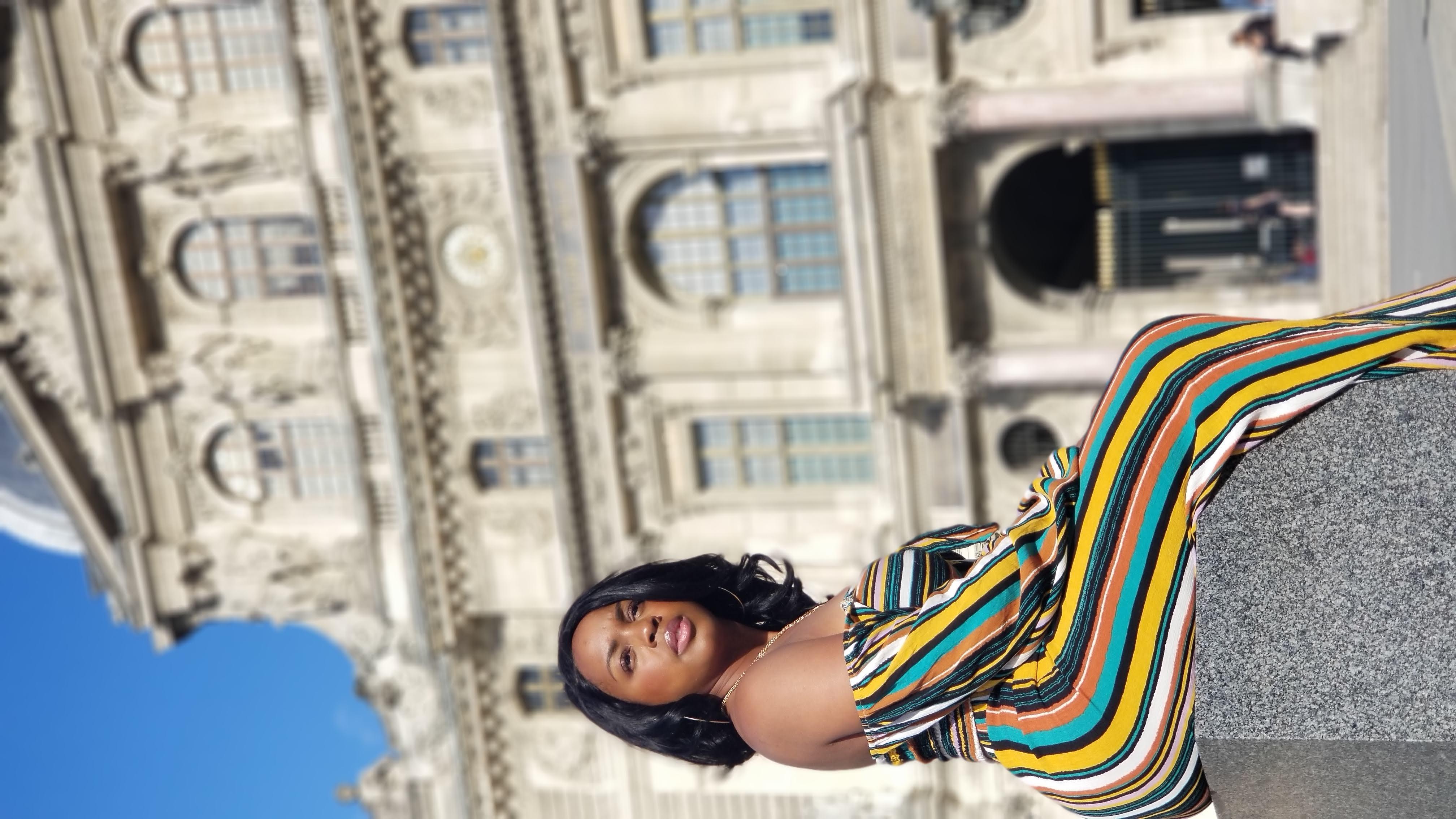 black woman in paris the Lourve