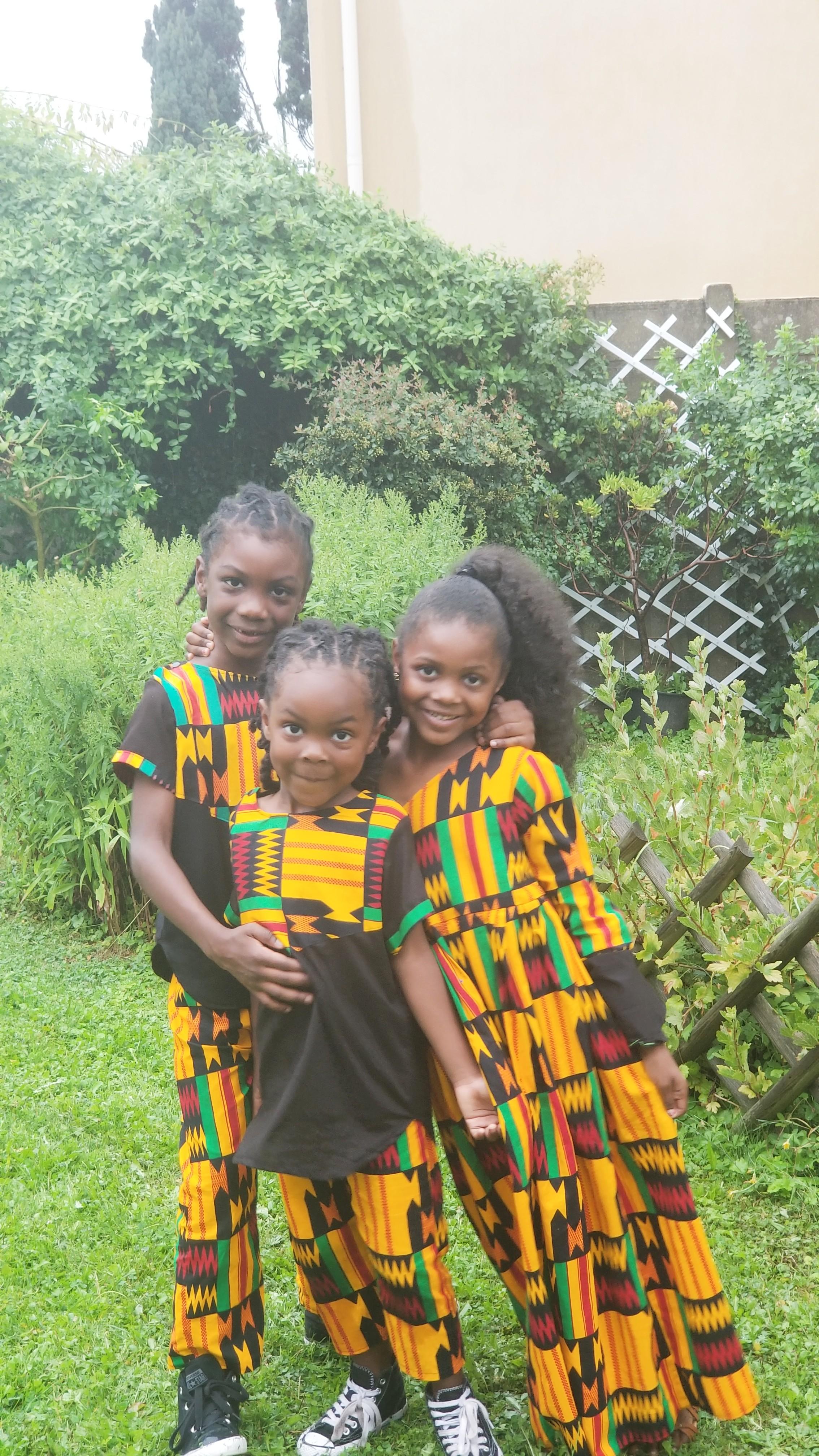 black children traveling in Paris