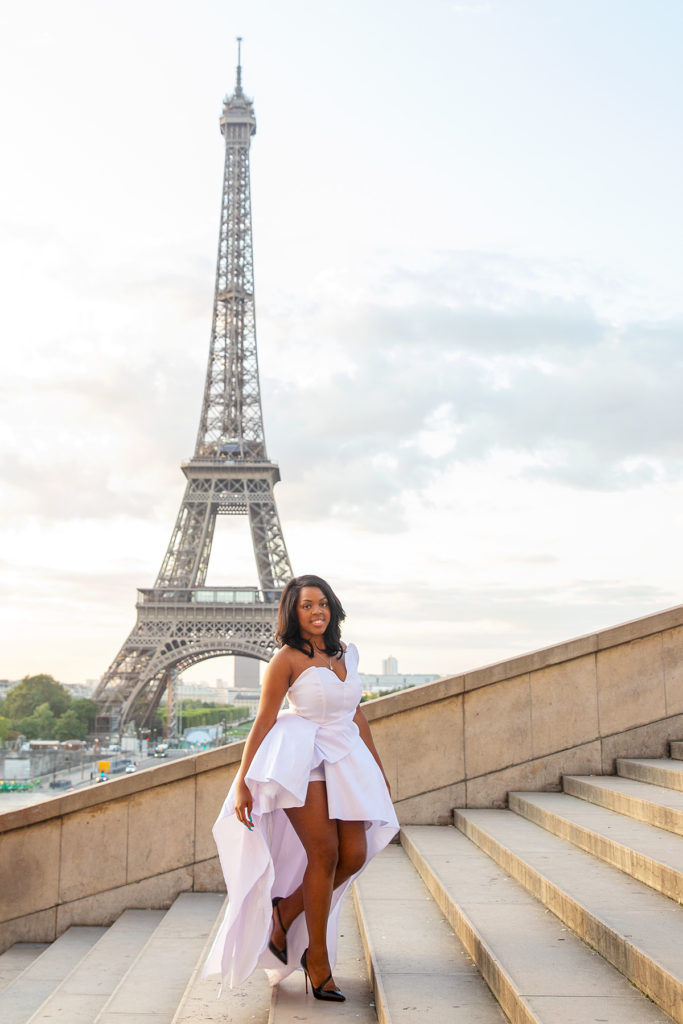 black woman at the eiffel tower in paris